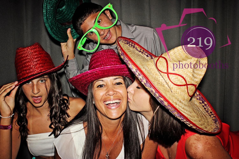 Lansing Photobooth Kiss