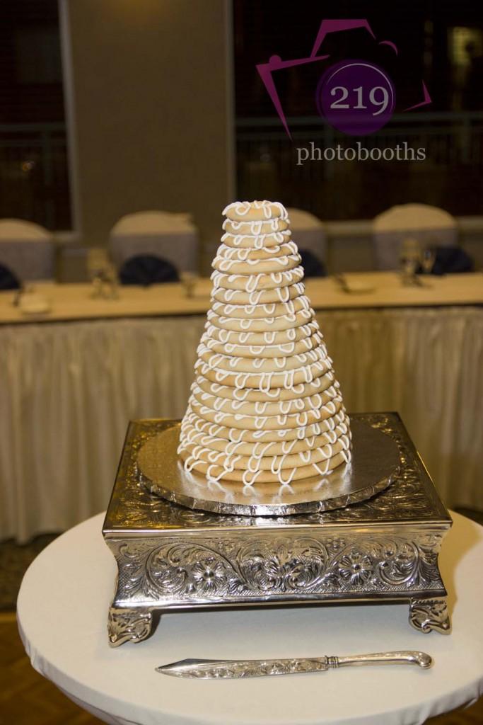 Sand Creek Country Club Danish Wedding Cake